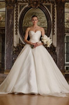 Classic strapless ball gown wedding dress. Romona Keveza Luxe Bridal Collection