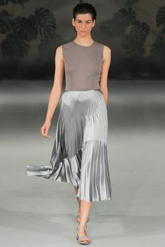 See all the Collection photos from Barbara Casasola Spring/Summer 2015 Ready-To-Wear now on British Vogue Runway Fashion, Fashion Models, Fashion Show, London Fashion, Fashion Walk, Women's Fashion, Female Fashion, Fashion Designers, Fashion Women