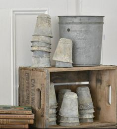 FleaingFrance Brocante Society Nothing beats zinc pots Galvanized Buckets, Galvanized Metal, Galvanized Decor, Potting Sheds, Funky Junk, Wooden Crates, Clay Pots, Decoration, Shabby Chic