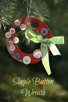 simple button wreath by aurelia