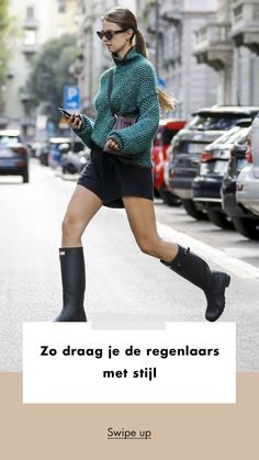 Ootd | rain | boots | streetstyle | what to wear | ponytail | sweater | legs | woman