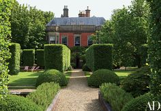 Designer Anouska Hempel's Historic Manor in the English Countryside | Architectural Digest