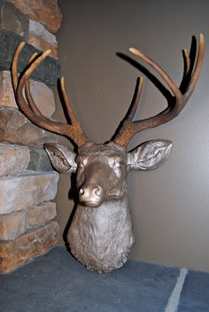 Deer Head in Metallic Caramel with Natural Brown Antlers - Resin Deer Head - Deer Head Antlers Faux Taxidermy Living Room Inspiration, Home Decor Inspiration, Stag Head, Faux Taxidermy, Animal Heads, Patio Ideas, Antlers, Horns, Wall Mount