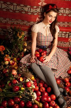 Lena Hoschek apples