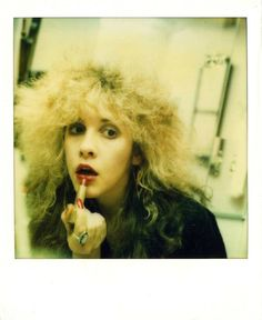 vintage everyday: These Never-Before-Seen Self Portraits That Prove Stevie Nicks is Not Only One of Sexy Women of Rock, But Also the Queen of Selfies