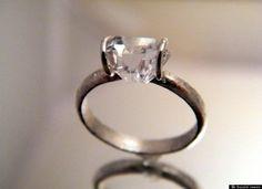 Unique diamond solitaire