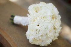 Bouquet de mariée blanc #bouquet de #mariee #wedding #bouquet #bouquetdemariee #weddingbouquet