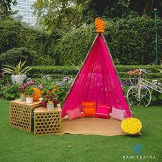 Desi Wedding Decor, Wedding Hall Decorations, Backdrop Decorations, Wedding Ideas, Mehendi Decor Ideas, Mehndi Decor, Intimate Weddings, Rustic Weddings, Outdoor Weddings