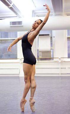 First African-American principle dancer for the New York City Ballet. Misty Copeland, Ballet Images, Black Ballerina, Ballet Companies, American Ballet Theatre, Dance Movement, Dance Class, Dance Photos, Dance Images