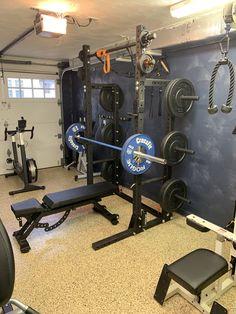 Home Gym Basement, Home Gym Garage, Gym Room At Home, Home Made Gym, Diy Home Gym, Home Gym Decor, Dream Home Gym, Gym Setup, Workout Room Home