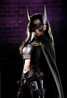 Huntress cosplay dc comics