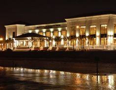 The Galveston Island Convention Center at The San Luis Resort is conveniently located 40 miles south from Houston, the fourth largest city in the United States.