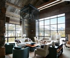 Incredible mountain modern dwelling offers slope-side living in Montana Cozy Living Rooms, Living Room Decor, Comfortable Outdoor Chairs, Medan, Decoration Ikea, Chalet Design, Modern Mountain Home, Western Decor, Elle Decor