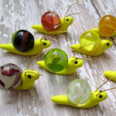 Set of 3 – Marble Miniature Fairy Garden Snails. Fairy Garden Accessories Set of 3 – Marble Miniature Fairy Garden Snails. Clay Projects, Clay Crafts, Diy And Crafts, Crafts For Kids, Fairy Crafts, Recycled Crafts, Kids Garden Crafts, Teen Crafts, Kids Diy