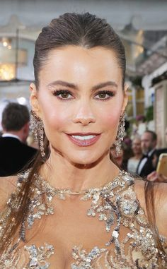 Sofia Vergara from 2017 Golden Globes' Best Beauty Looks  The actress' makeup looked kind of like a freshly picked rose (the lips and cheeks were extra-pretty and flushed).