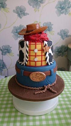 Woody cake