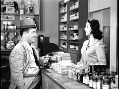 Full Abbott and Costello EpisodeThe Dentist's Office Funny Movie Scenes, Funny Movies, Old Movies, Great Comedies, Classic Comedies, Blondie And Dagwood, Whos On First, Comedy Clips, Comedy Duos