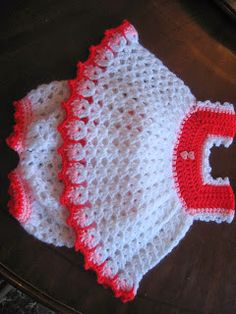BLURT Blogger: Newborn Kit layettes FREE BABY PATTERN LINKS