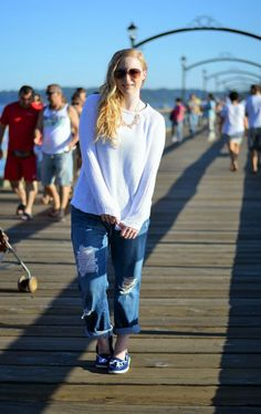 Vancouver Vogue blog: Seaside Comfy Casual style, boyfriend jeans, nautical style, comfy sweater, bf jeans, boat shoes