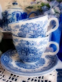 blue & white china teacups.... great to have around the house for decorating!!!!!