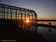 Arktikum (Rovaniemi) keskiyön auringon aikaan