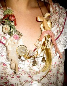 dolly kei necklace