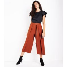 Rust Layered Tie Front Cropped Trousers (£20) ❤ liked on Polyvore featuring pants, capris, chestnut, tie front pants, cropped trousers, white pants, white trousers and cropped pants