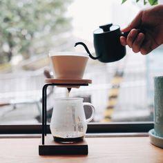 Beautiful set. Miyaco Single Drip Kettle Mahogany TORCH Mountain Dripper White TORCH Glass Server Pitchii HALO Coffee Dripper Stand  #kurasugoods