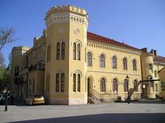 Dôstojnícky pavilón Komárno Bratislava, Mansions, House Styles, Building, Travel, Home, Viajes, Manor Houses, Villas