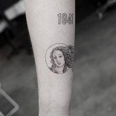 26e9a4cc4293b Boticelli  The Birth of Venus inspired Venus tattoo.