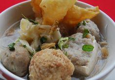 Resep Bakso Malang Asli Enak Indonesian Food, Malang, Baked Potato, Potato Salad, Good Food, Potatoes, Restaurant, Meat, Chicken
