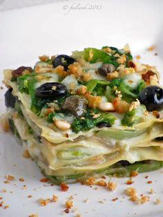 Lasagne Scarola e Bufala - Feel Cook Raw Food Recipes, Veggie Recipes, Italian Recipes, Pasta Recipes, Cooking Recipes, Healthy Recipes, Cannelloni, Ravioli, Crepes