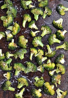 Garlic Parmesan Raosted Broccoli