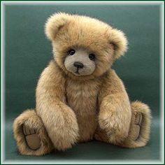 Brodrick By Teddy Kingdom - Bear Pile