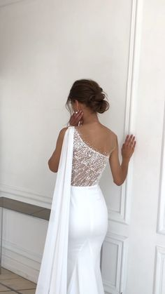 High Low Prom Dresses, Pretty Prom Dresses, Simple Dresses, Top Wedding Dresses, Evening Dresses For Weddings, Bridal Dresses, Birthday Girl Dress, Gowns Of Elegance, Embellished Dress