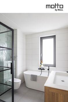 Moderne Badkamer in sfeer 'Expressive' Attic Bathroom, Upstairs Bathrooms, Bathroom Floor Tiles, Bathroom Toilets, Small Bathroom, Small Luxury Bathrooms, Beautiful Bathrooms, New Bathroom Ideas, Bathroom Inspiration