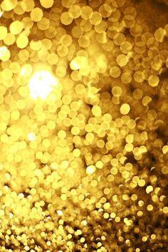 éxodo 26 6  Harás también cincuenta corchetes de oro, con los cuales enlazarás las cortinas la una con la otra, y se formará un tabernáculo.