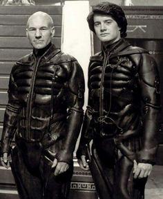 Patrick Stewart and Kyle MacLachlan on teh set of Dune