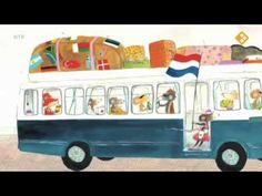 Mejuffrouw Muis was moe. Ze was hard aan vakantie… School S, Summer School, Digital Story, School Pictures, Summer Is Here, Childrens Books, Illustrators, Preschool, Activities