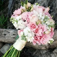 24 Summer Wedding Bouquet Ideas Summer are lucky to have the most beautiful flowers in season for their bouquet. Whichever summer wedding bouquet you choose, be sure your it reflects your personality. See more wedding bouquet ideas . Summer Wedding Bouquets, Bride Bouquets, Floral Wedding, Trendy Wedding, Wedding Bride, Wedding Summer, Wedding Dresses, Summer Weddings, Ivory Wedding