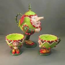 Patience Brewster Krinkles TeaPots w Cups.