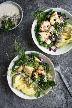Make a Roasted Cauliflower Detox Bowl with this healthy lunch recipe.