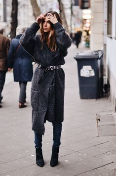 Street Style | Boucle Sweater with Silver Studded Vintage Belt, Denim & Boots | | { Couture /// Effortless Style