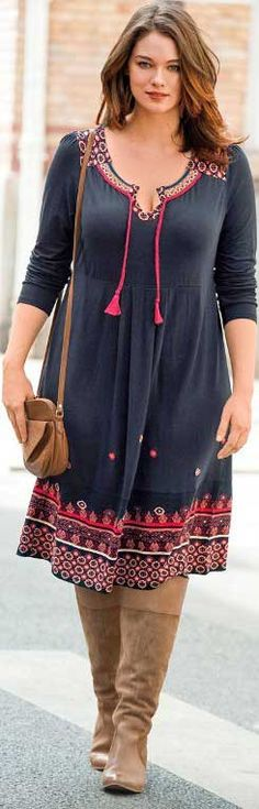Spring outfits ideas for plus size ladies. casual-outfit-for-curvy-women . Curvy Fashion, Trendy Fashion, Boho Fashion, Autumn Fashion, Plus Fashion, Womens Fashion, Travel Fashion, Travel Style, Street Fashion