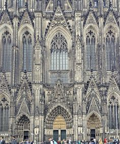 PJ Lynch Gallery Enchanting Cologne, Cathedrale, Germany