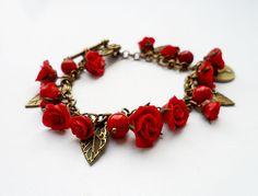 Czerwone róże - bransoletka w vivi4n na DaWanda.com