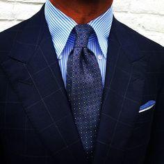"@rickycarlo wearing a Viola Milano ""Grey Floral I"" silk tie... Buy it online today!  www.violamilano.com #vm #violamilano #handmade #madeinitaly #luxury #sartorial #classic #menswear #timeless #elegance"