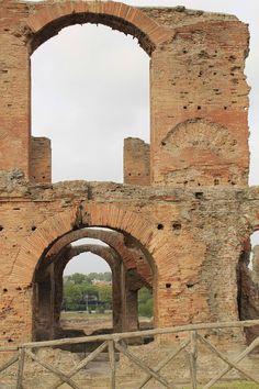 La villa dei Quintili sull'appia antica. Roma