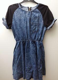 Kup mój przedmiot na #vintedpl http://www.vinted.pl/damska-odziez/krotkie-sukienki/13011558-sukienka-sheinside-marmurkowa-jeansowa-mgielka-zamek-zloty