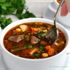 Weight Watchers Recipes Discover The ultimate VEGETABLE BEEF SOUP! Its jam packed with veggies and its the most comforting cozy soup to warm up with this winter. Beef Soup Recipes, Vegetable Soup Recipes, Mexican Food Recipes, Dinner Recipes, Cooking Recipes, Healthy Recipes, Beef Soups, Recipes With Beef Soup Bones, Vegetables